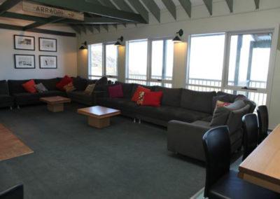 lounge-room-hotham