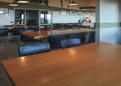 arrabri ski club hotham dining room image
