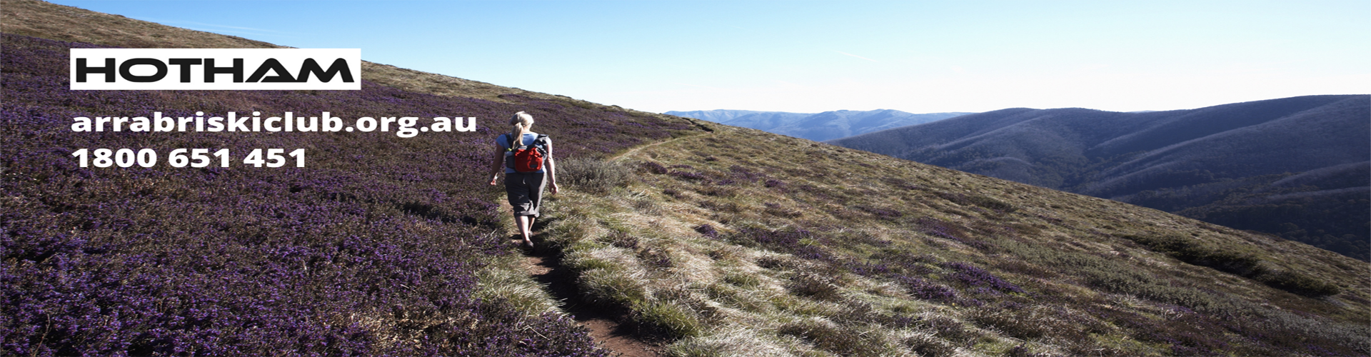 bushwalking towards feathertop alpine national park