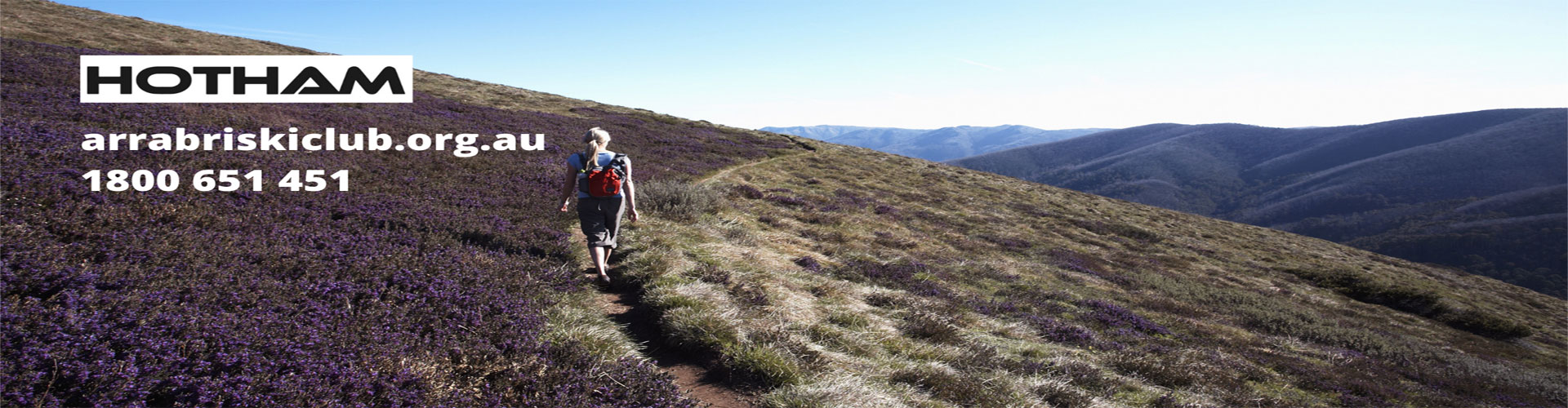 bushwalking towards feathertop alpine national park